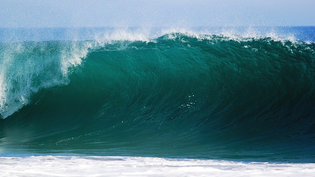 Advantages and Disadvantages of Wave Energy